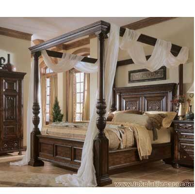 Bed TTJ02 Tempat Tidur Untuk Pengantin Baru