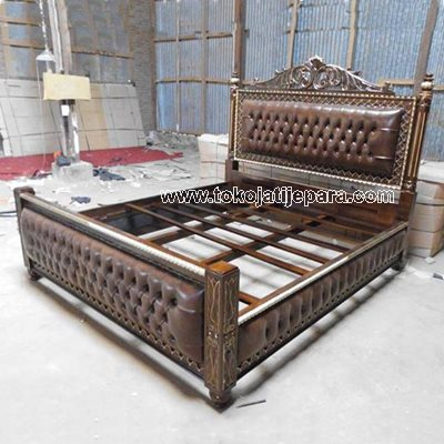Dipan Bed TJJ14