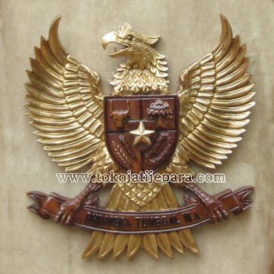 Ukiran Garuda Jati Jepara TJJ06