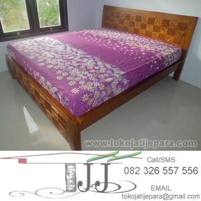 Dipan Tempat Tidur TJJ01