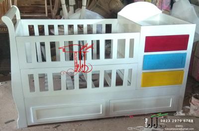 Box Ranjang Bayi Imut Dari Toko Jati Jepara
