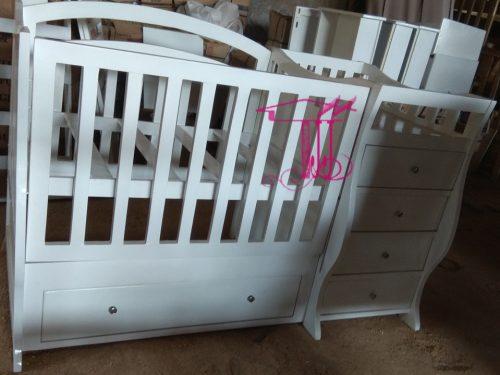 Box Ranjang Bayi Elegan Dari Toko Jati Jepara